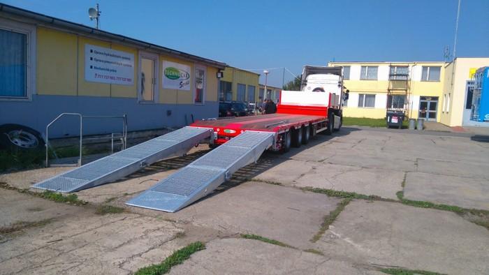 Podvalník na přepravu strojů Brno